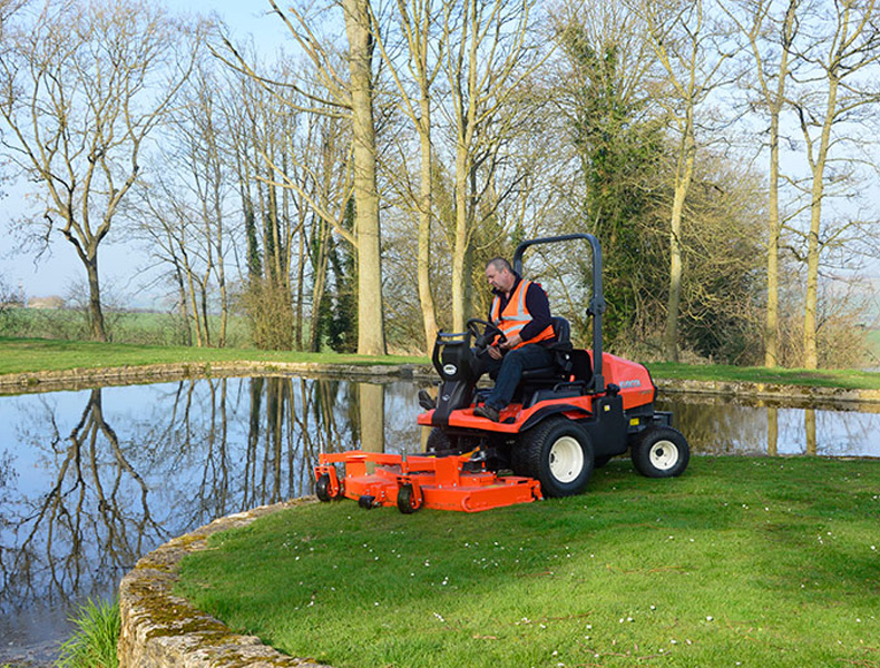 Out Front Mowers F2890E - KUBOTA